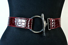 LADIES  LARGE CHUNKY DARK RED CROCODILE SKIN BELT BRAND NEW UNIQUE (MZ2)