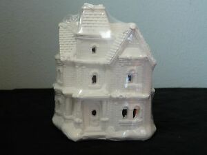 Creative Crafts California Creations SE187 Park House Unpainted Village