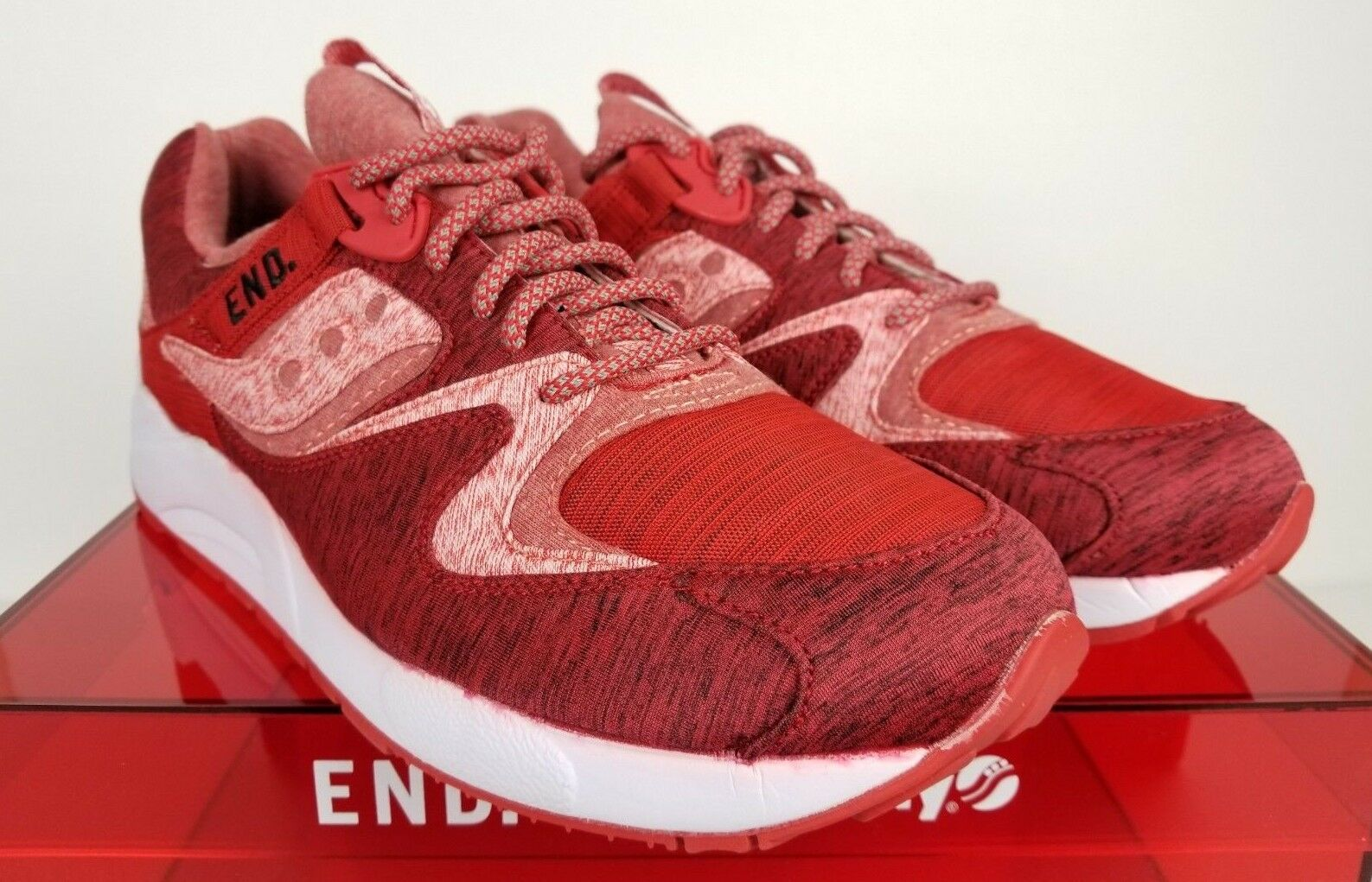 END x Saucony Grid 9000 rosso Noise rosso & bianca Dimensione 12