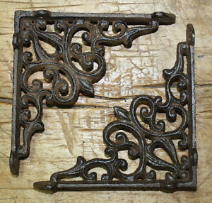 2-Cast-Iron-Antique-Style-HEART-Brackets-Garden-Braces-RUSTIC-Shelf-Bracket