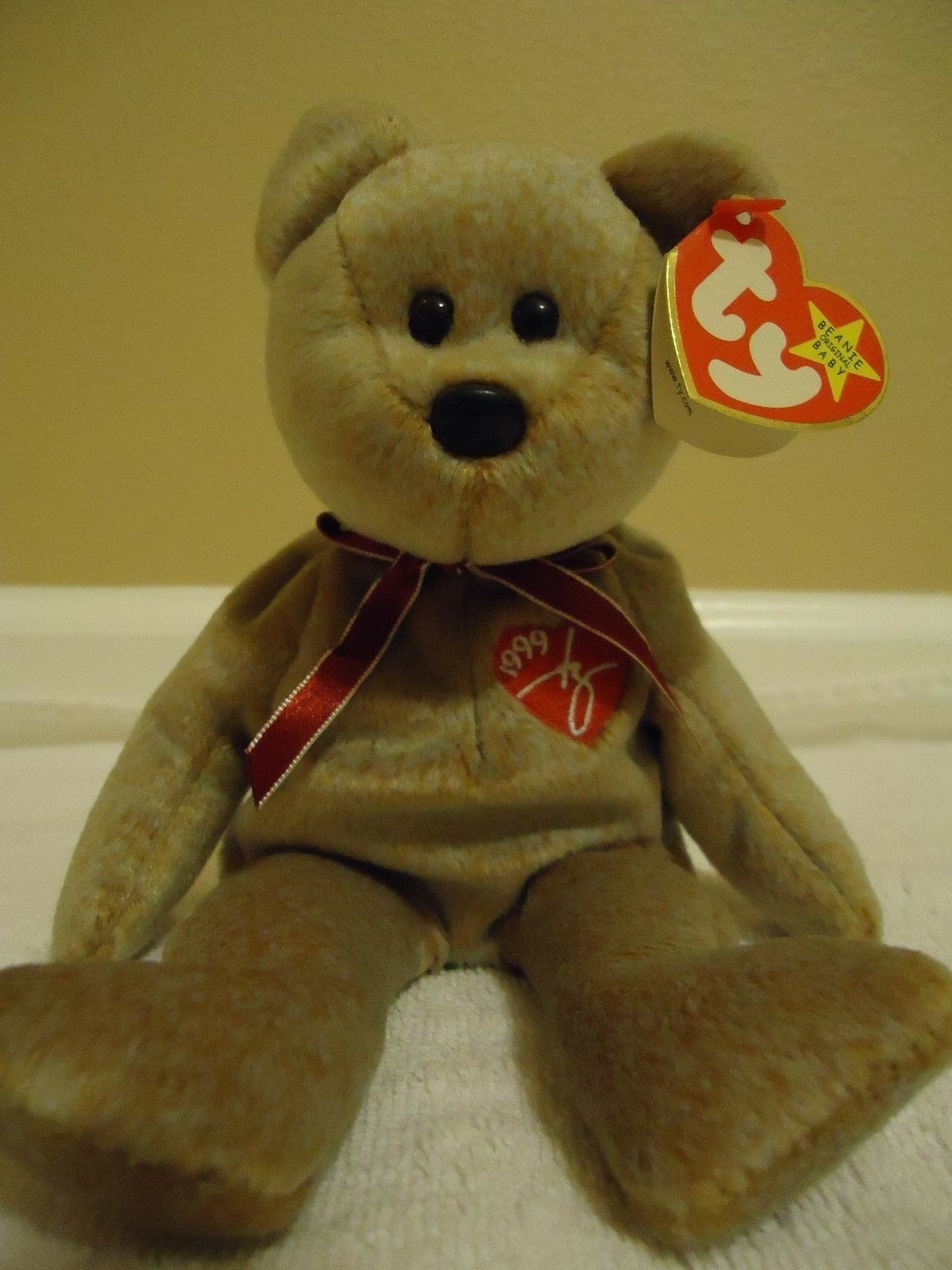 Beanie Baby - 1999 Signautre Bear, Retired