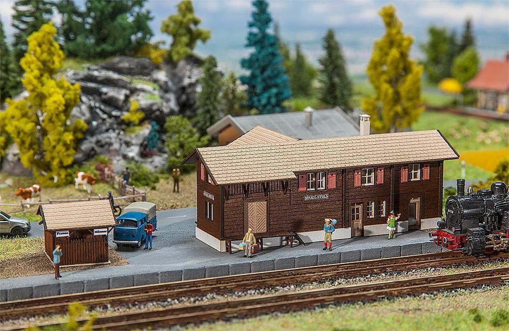 Faller N 212120 stazione ferroviaria stugl-Stuls con bagni CASA NUOVO
