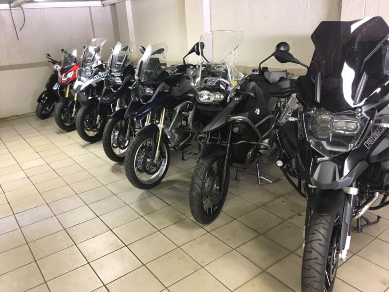 BMW R1200GS AND F800GS MOTORCYCLES