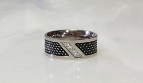 FL44 Solid Titanium Black Ring Squared Bolt CZ Gem Size 9,10,11,12,13,14