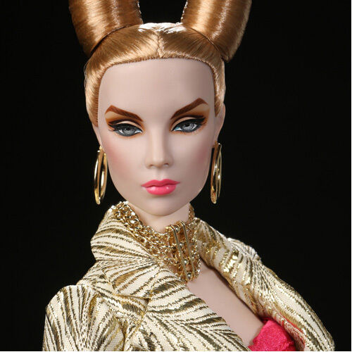 16  Wicked & Divine Tulabelle Kleided Doll - 86016