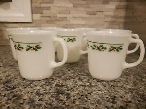 Corning Pyrex  Corelle HOLLY DAYS Christmas Mugs Coffee Cups Set Of 7