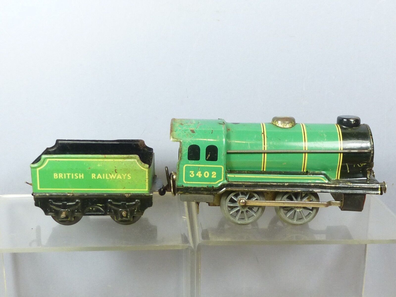 CHAD VALLEY TINPLATE C W  MODEL No.10000C BR  3402 0-4-0 LOCO & TENDER  verde