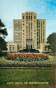 Birmingham-Alabama-Birmingham-City-Hall-1960s-Postcard