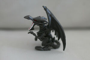 Red-Eyes-Black-Dragon-2-034-Yu-Gi-Oh-Figure-Arena-Collectible-RARE-Vintage-toy