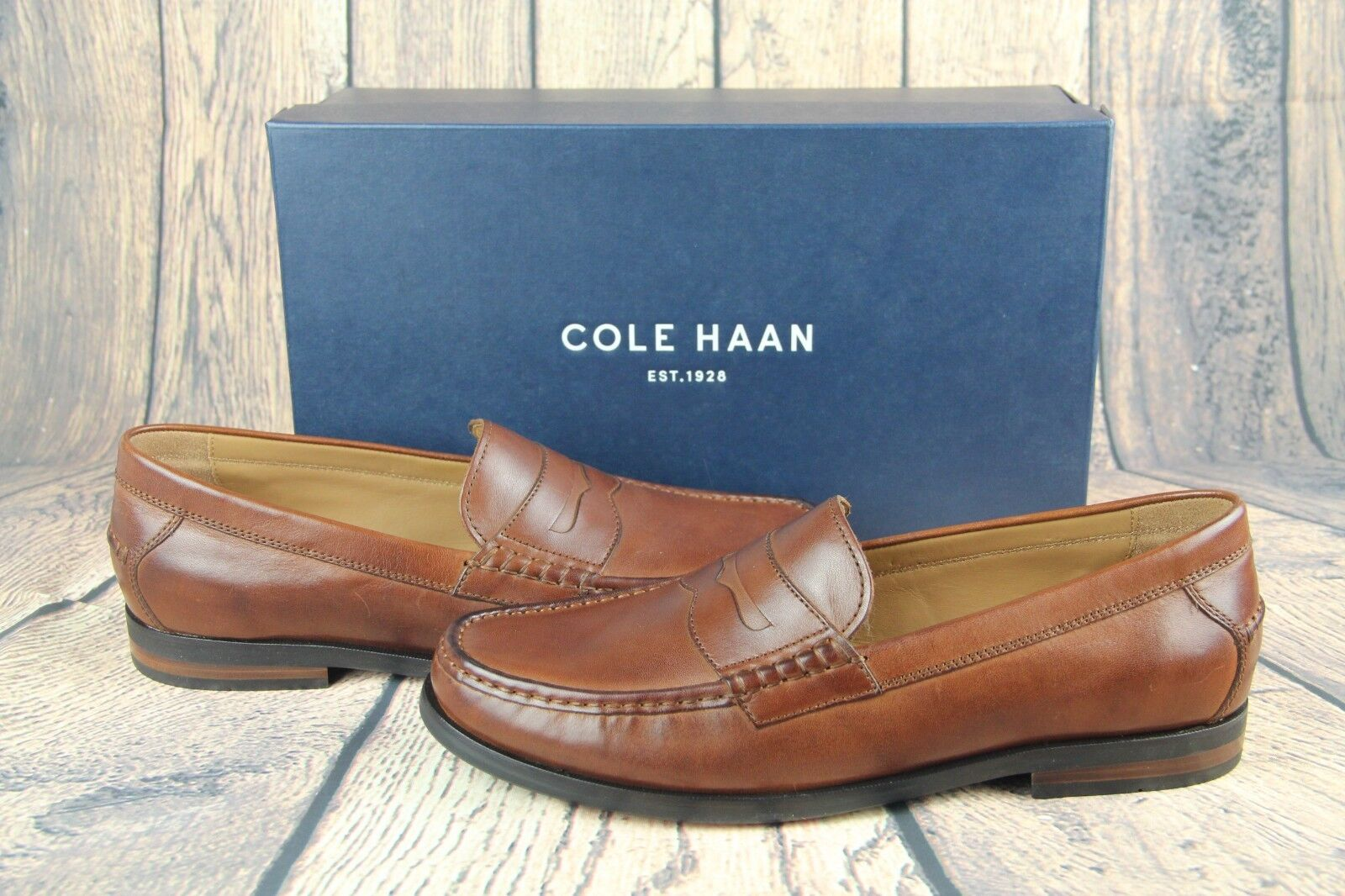 COLE HAAN PINCH FRIDAY NEW CONTEMPORARY Woodbury Handstain C23845 SZ NEW FRIDAY 324543