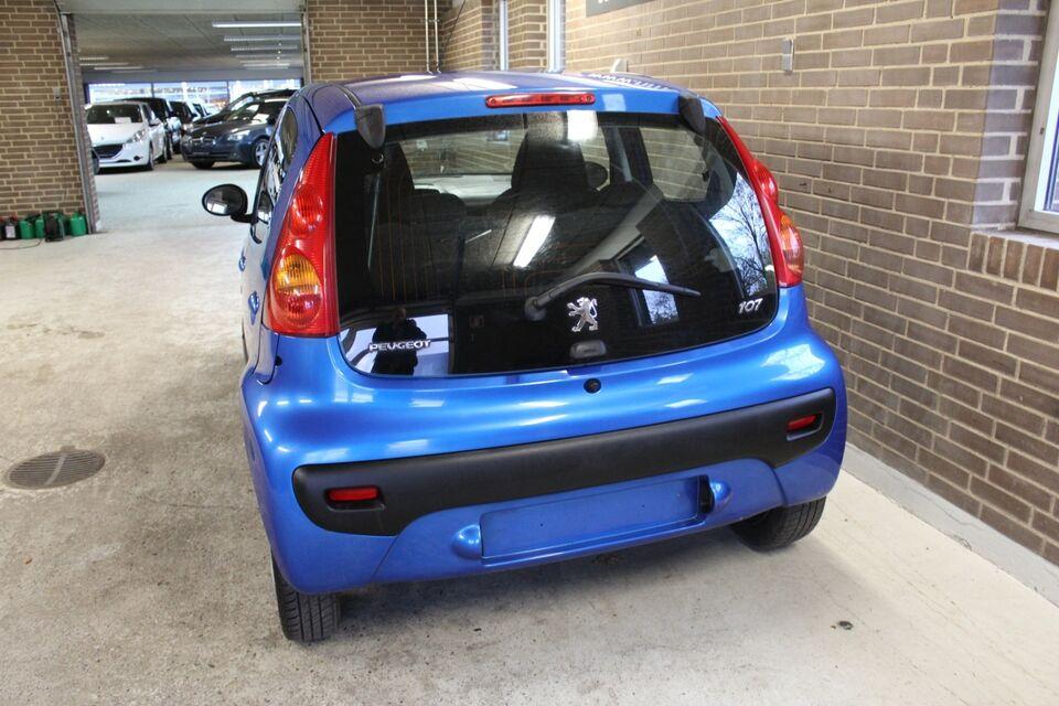 Peugeot 107 1,0 Active Benzin modelår 2011 km 243000