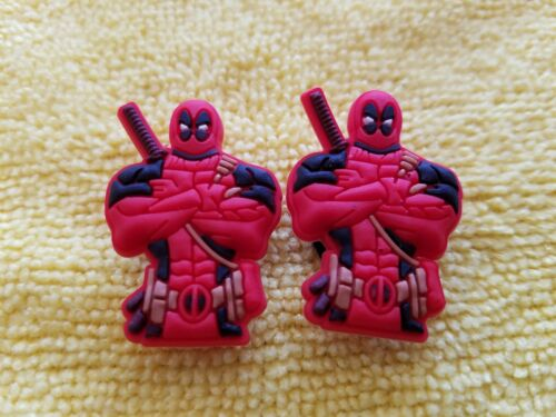 FAST USA SHIPPING DEADPOOL PAIR shoe charms//cake toppers!