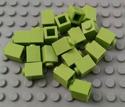 LEGO Lot of 12 Green 1x4 Basic Building Brick Pieces