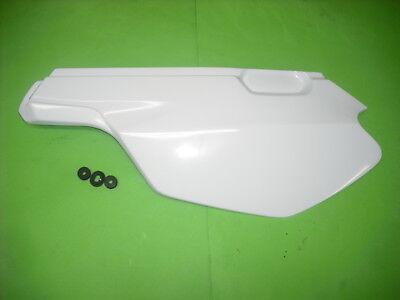 Yamaha Belgarda TT600S TT600E TT Seitendeckel Seitenverkleidung Gummi