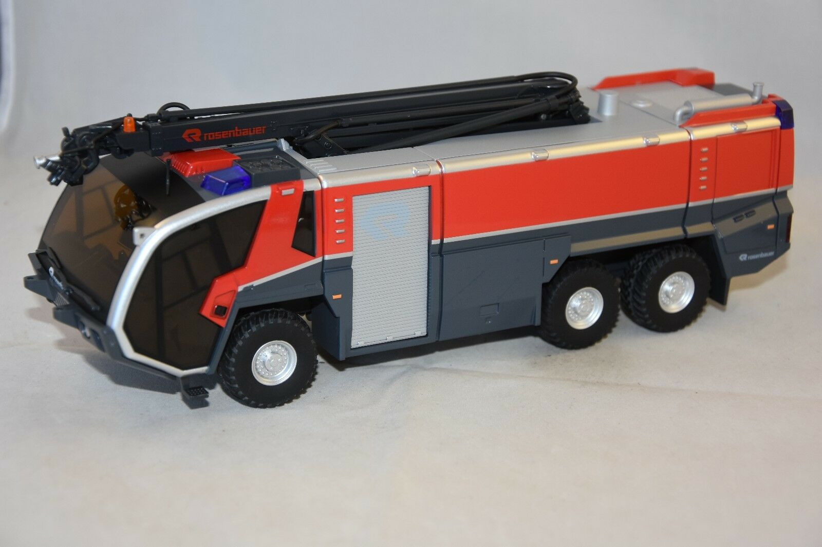 Wiking wiking 7610-panther pinknbaueur flf 6x6 with lanche incend firemen 1 43