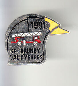 RARE-PINS-PIN-039-S-POMPIER-FIRE-CAMION-TRUCK-CASQUE-BRUNOY-VAL-D-039-YERRES-91-BO
