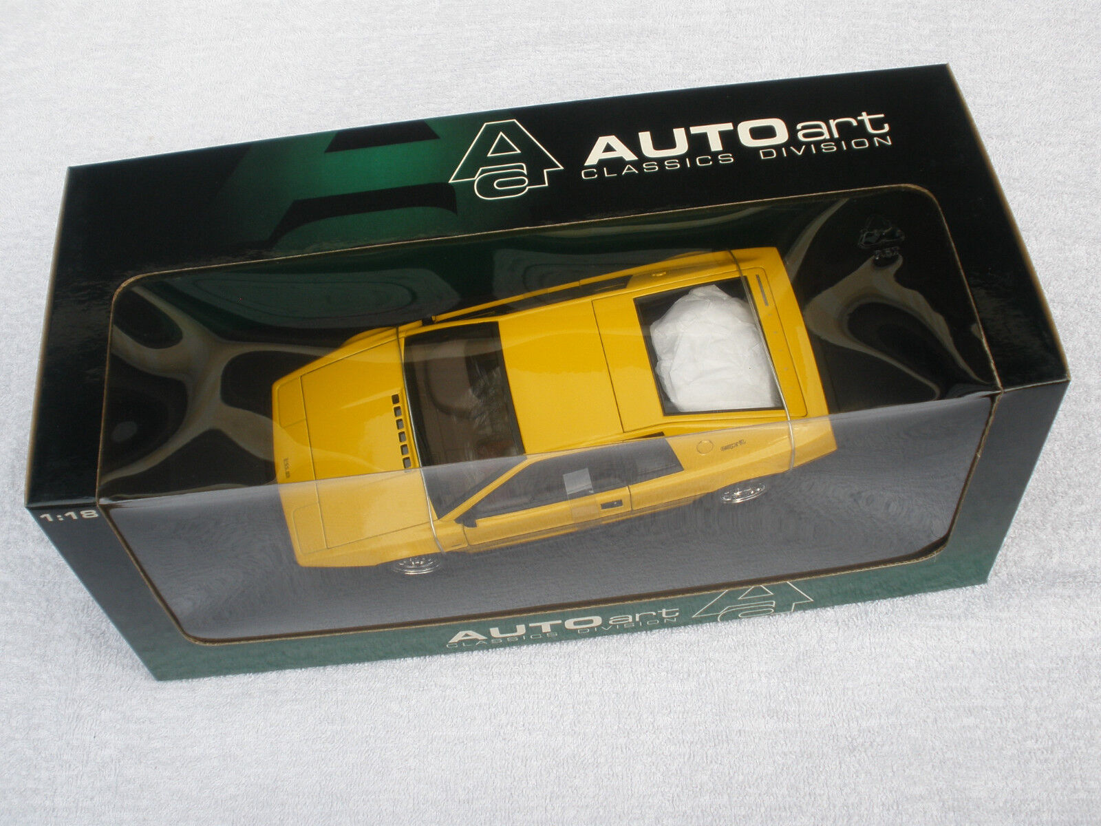 Lotus Esprit tipo 79 - 1/18 - AutoArt - 75301-GIALLO-OVP-Rarità