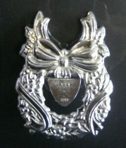 Reed-amp-Barton-Silverplate-Holiday-Holly-Spoon-Rest-Made-in-Italy