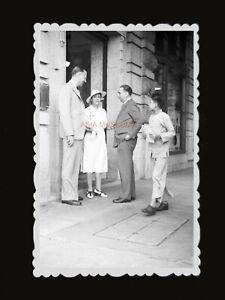 1950s-BRITISH-COLONY-BUILDING-STREET-YOUNG-MAN-NEW-Vintage-Hong-Kong-Photo-1279