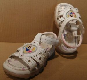 White Sandals Shoes Size 5 Velcro Girls