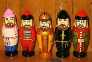 Christmas-Tree-Ornament-Merchant-Peasant-Monk-Russian-HAND-PAINTED-set-5-Dolls