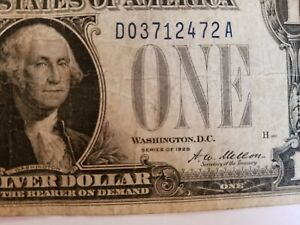 1928-1934 Funny Back 1$ Silver Certificate Quantity 1 Circulated