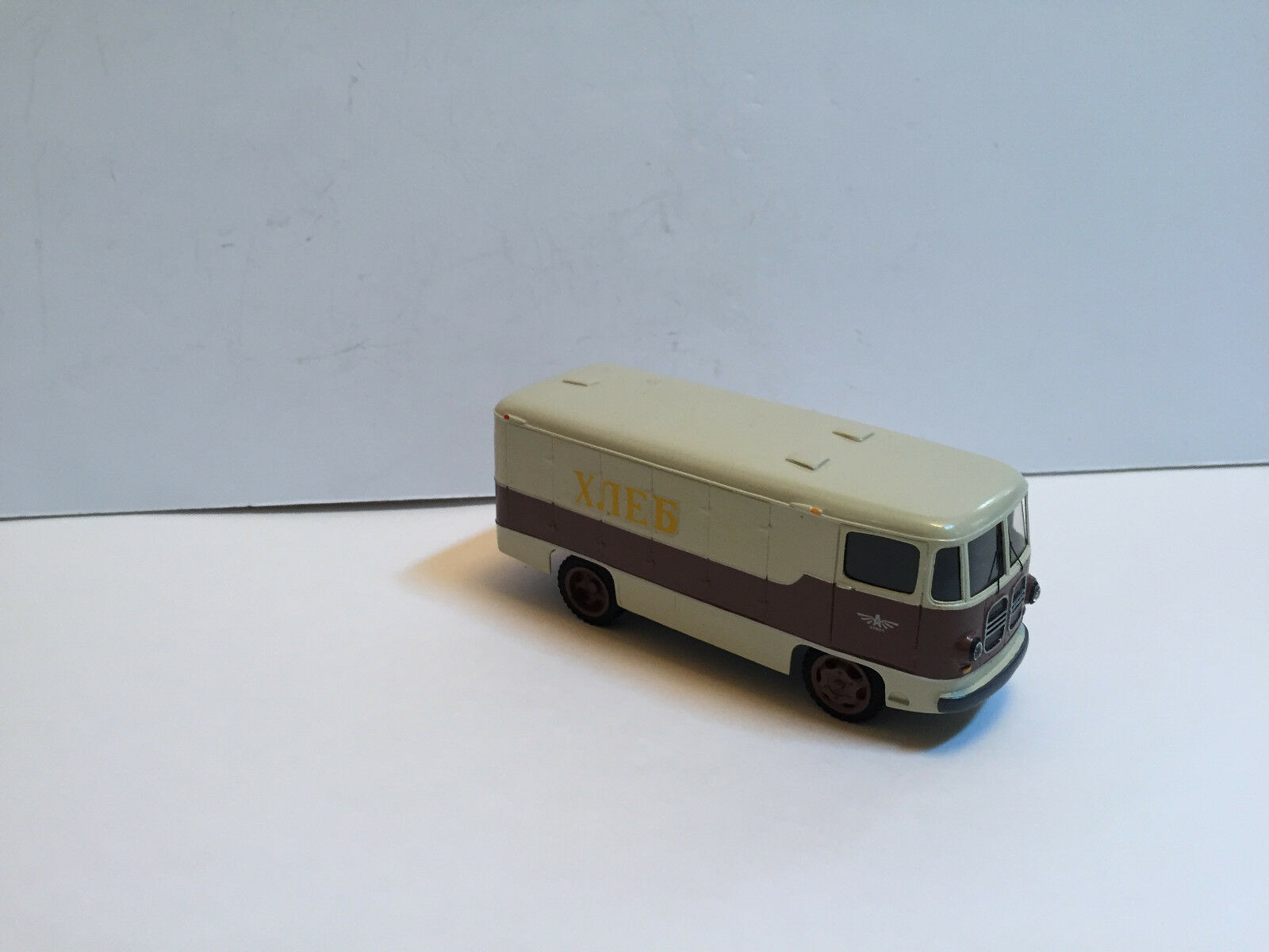 1/43Russian BUS ART TA-9A Bread delivery 1963 Handmade by Vector-Models
