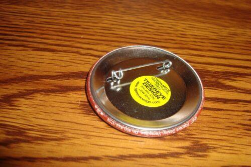 Historical Collectable Political Pin Button  2007       New USA NO MORE WAR