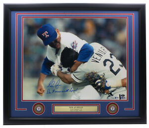 Nolan-Ryan-Signed-Framed-Texas-Rangers-16x20-Fight-Photo-Don-039-t-Mess-w-Texas-BAS