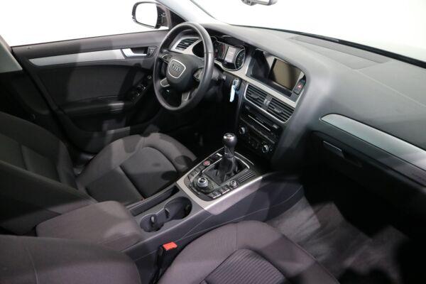 Audi A4 2,0 TDi 136 S-line - billede 5