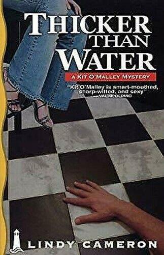 Dicker Than Water Taschenbuch Lindy Cameron