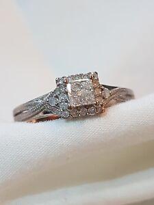 Stunning Princess cut Diamond 9ct White Gold Engagement Ring - Southampton, United Kingdom - Stunning Princess cut Diamond 9ct White Gold Engagement Ring - Southampton, United Kingdom