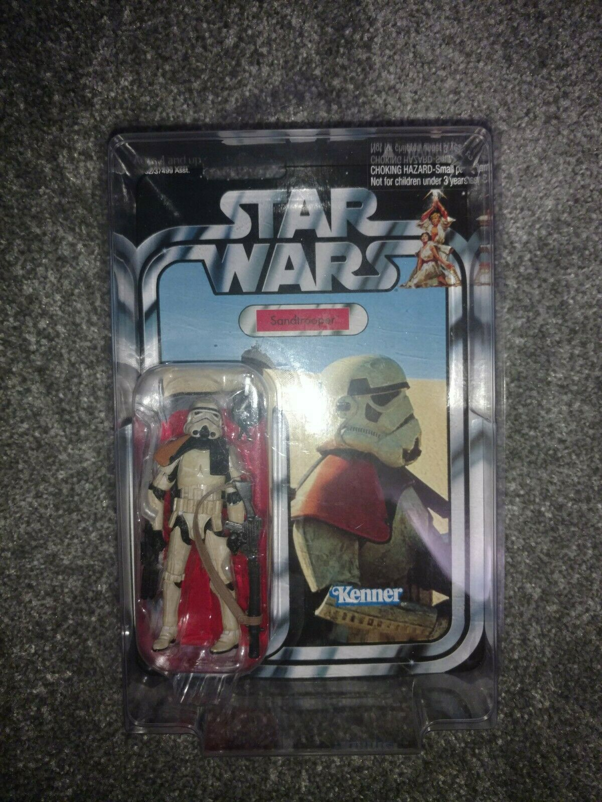 Star Wars The Vintage Collection Sandtrooper with star case