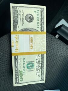 100-Dollars-bills-with-AAA-serial-number