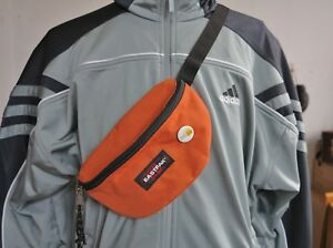 EASTPAK-SPRINGER-HIPBAG-BAUCHTASCHE-orange-Rostrot-mit-Sticker-festival-guide