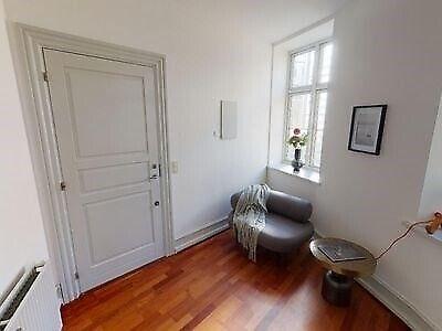 1171 vær. 3 lejlighed, m2 124, Frederiksborggade