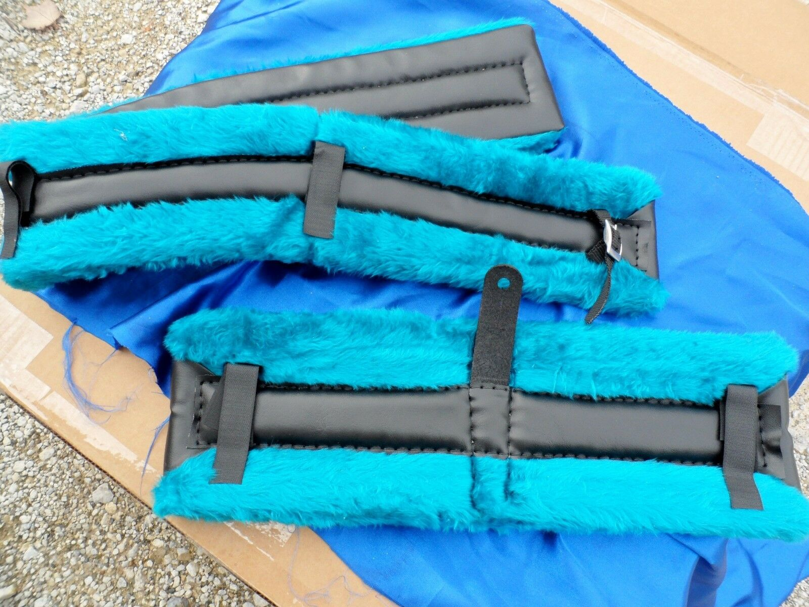 Horse or Mule Fleece Harness Saddle & Breast Collar  Pads Set Amish Made  Teal  is discounted
