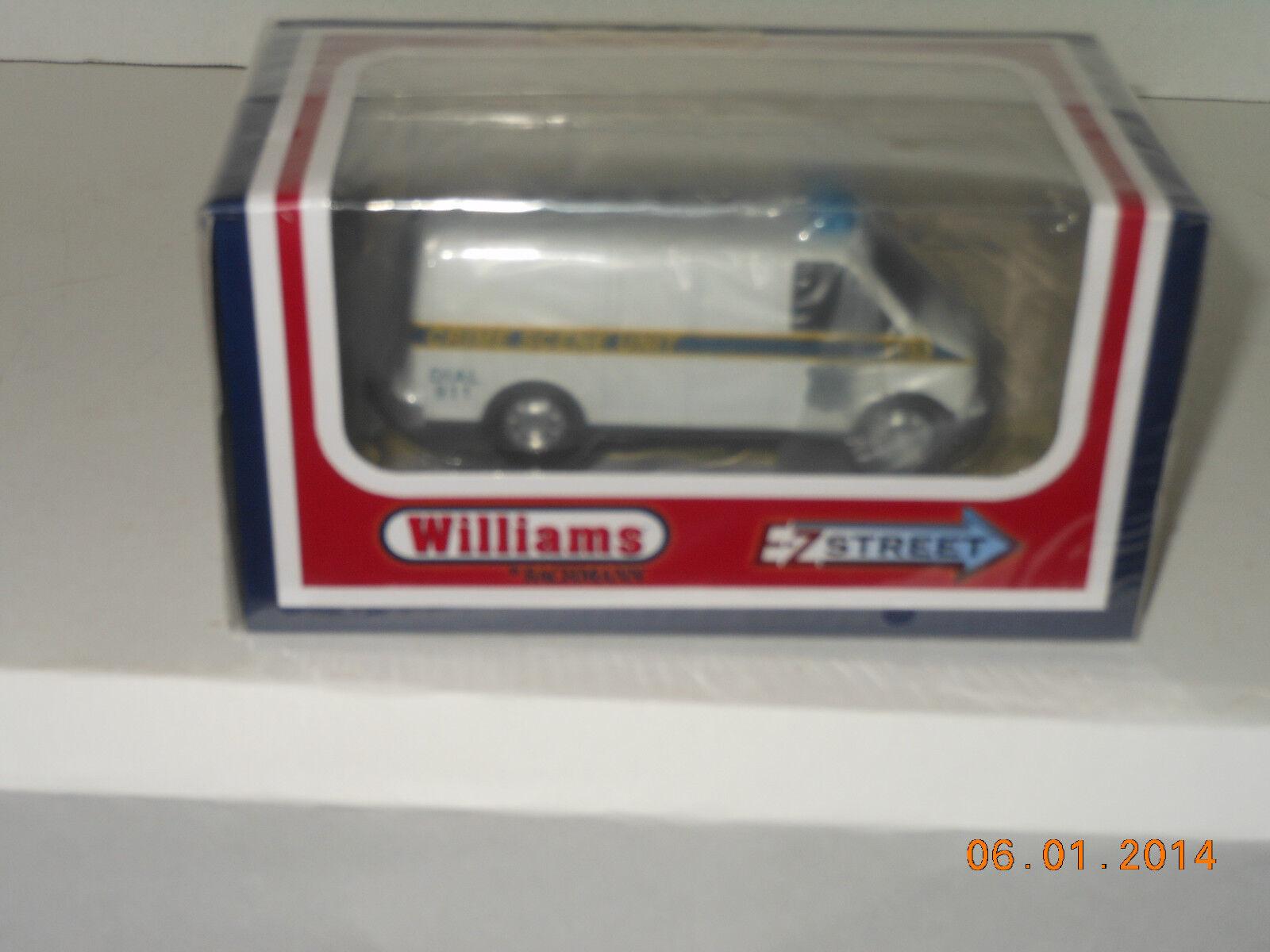 Williams/Bachmann  42724 Motorized EZ Street Vehicle Police Van  superstreets