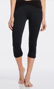 Fabletics Womens Leggings Black Kastos Capri Twist Waist Band Ruched Leg S/m Women's Clothing