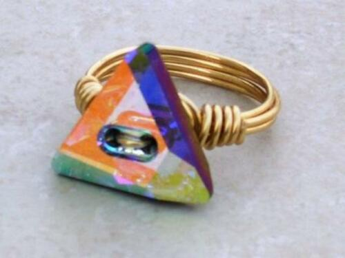 Triángulo plateado oro Cristal Anillo de envoltura de cable hecho con elementos de cristal de Swarovski