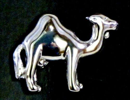 Dromadaire Arabian camel Lapel Pin Badge Broche Boîte Cadeau une bosse Poli