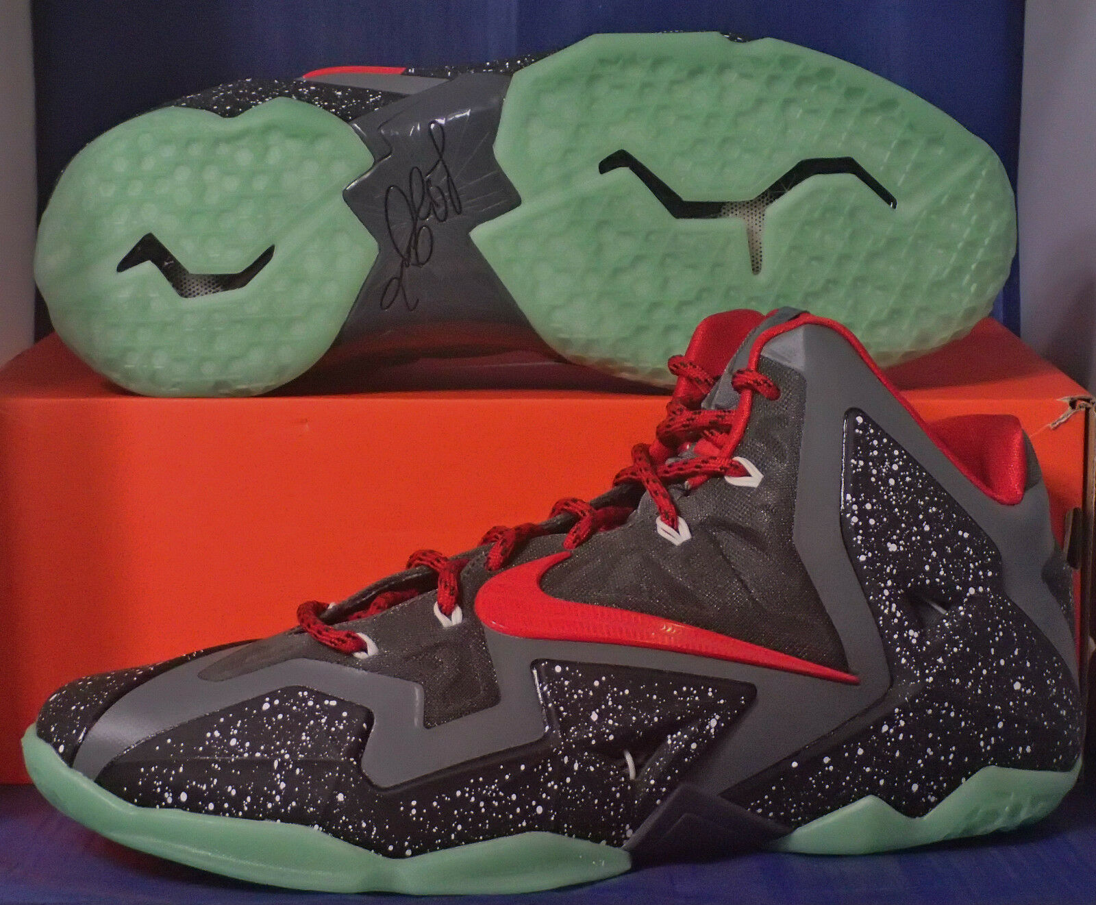 Nike Lebron XI 11 iD Grey Red Black Glow in the Dark Price reduction The latest discount shoes for men and women