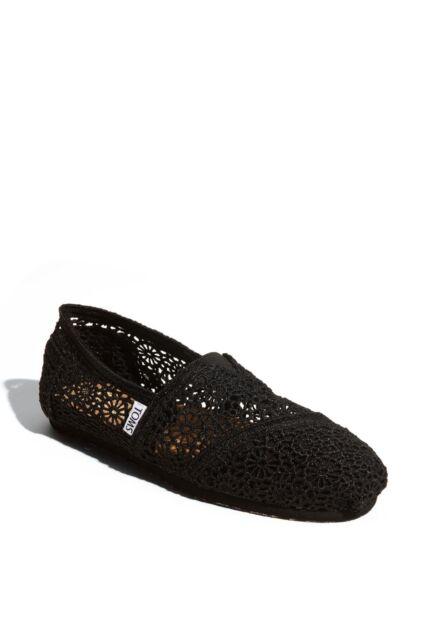 b805e79be36b  60 NEW TOMS Women s Black Classic Moroccan Lace Crochet Slip-On Comfort  Flats