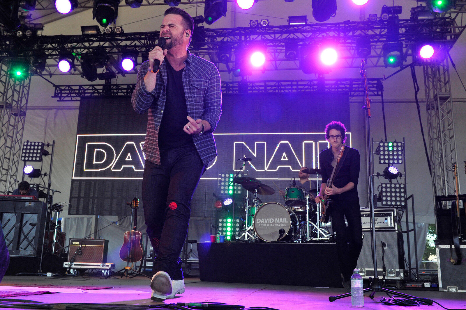 David Nail tickets - David Nail tour dates on StubHub!