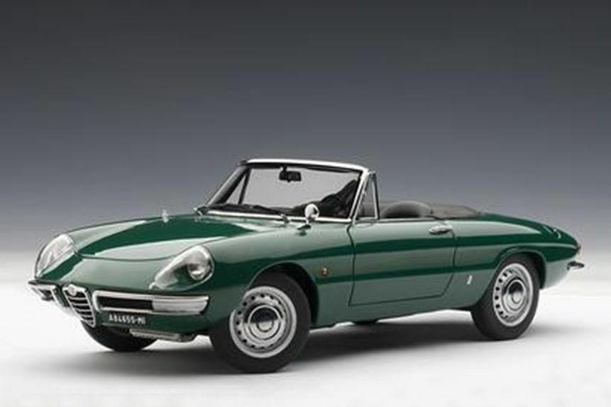 1 18 Autoart Alfa Romeo 1600 Duetto Spyder 1966 Vert-SOLD OUT