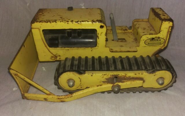 Vintage 1970s Tonka yellow construction bulldozer no. 2300