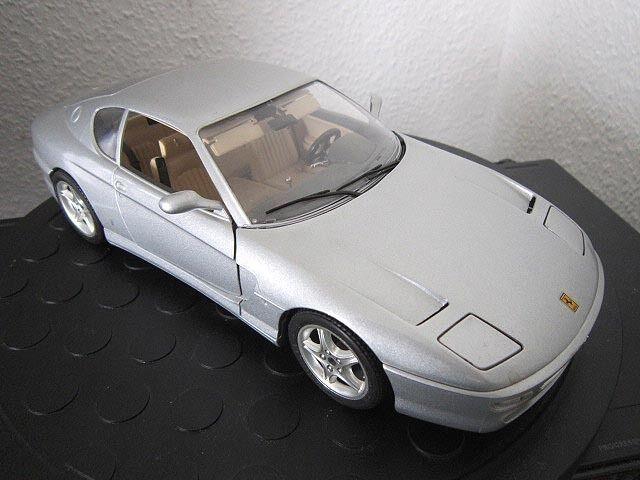 Bburago Maquette De Voiture 1 18 Ferrari 456 GT modèle 1992 Métal Argent Voiture de sport bien