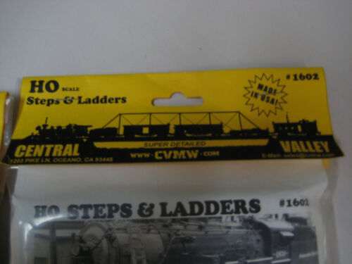 NIP Details about  /Central Valley #1602 HO Scale Steps and Ladders Lot of Two