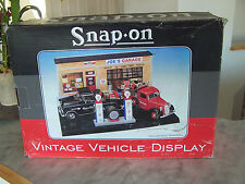 SNAP On Vintage Vehicle Display 1/24 Scale (Joe's Garage) Vehicles sold separate