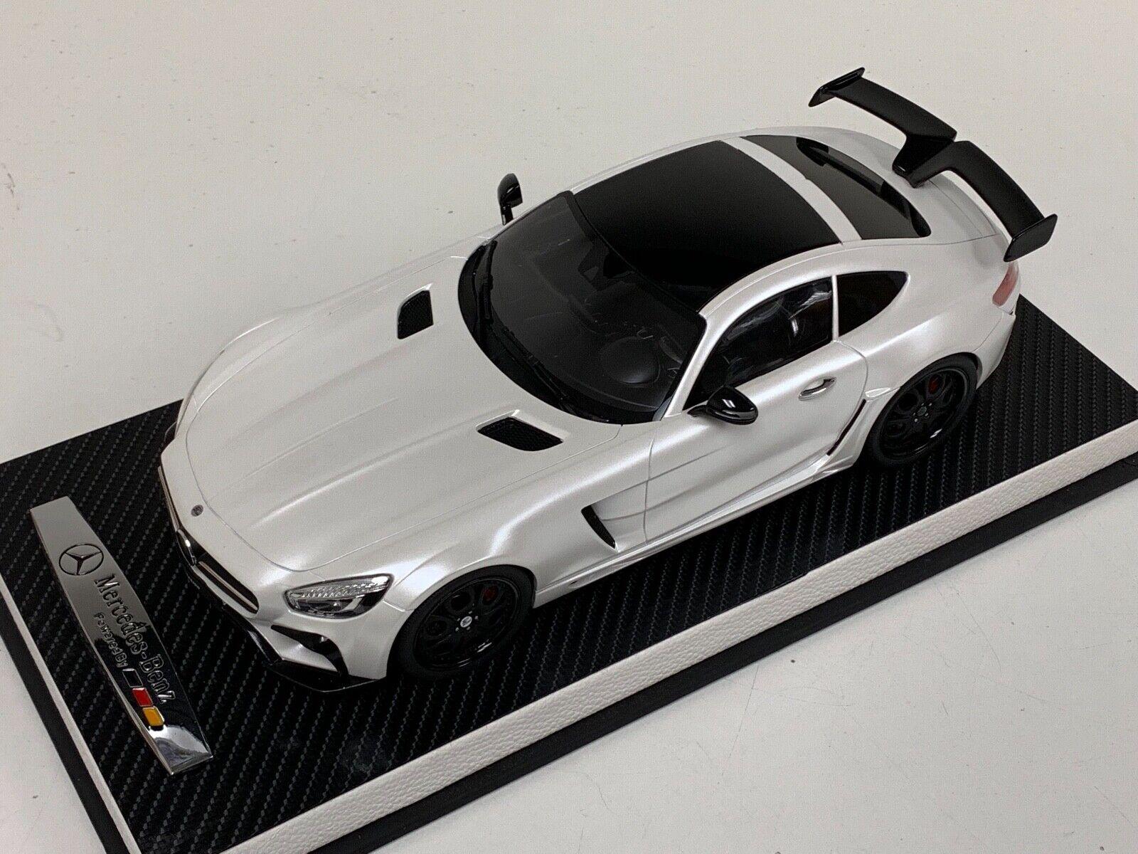 1 18 GT Spirit Mercedes Benz GT-7S FAB design Areion Blanc GT157 en cuir base
